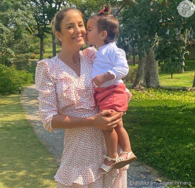 Filha de Ticiane Pinheiro chama atenção em foto com a mãe. Saiba motivo!