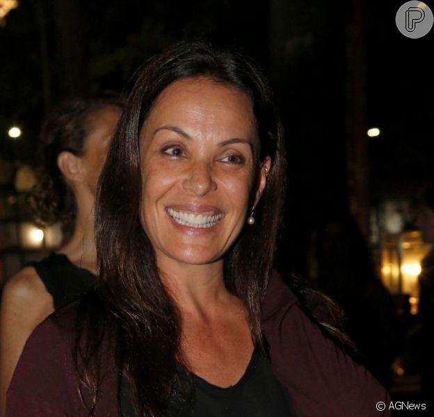 Carolina Ferraz espera uma menina: 'Ela está bem', afirmou a mãe da atriz, Gisceulda Ferraz
