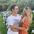 Ticiane Pinheiro e Cesar Tralli estão viajando com as filhas da apresentadora