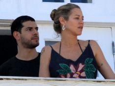 Luana Piovani é vista com Lucas Bitencourt após revelar identidade do namorado. Fotos!