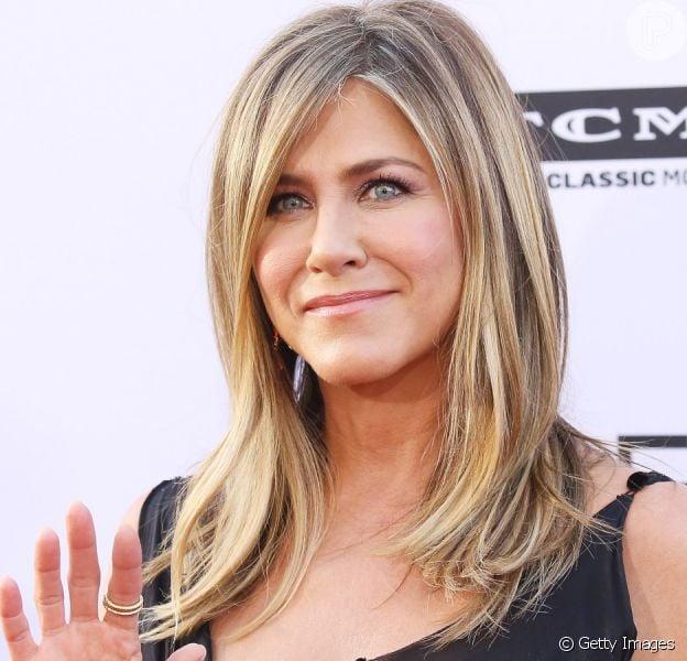 Tudo sobre a pele perfeita de Jennifer Aniston!