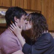 Novela 'Alto Astral': Caíque volta a beijar Laura e ela se revolta com o médico