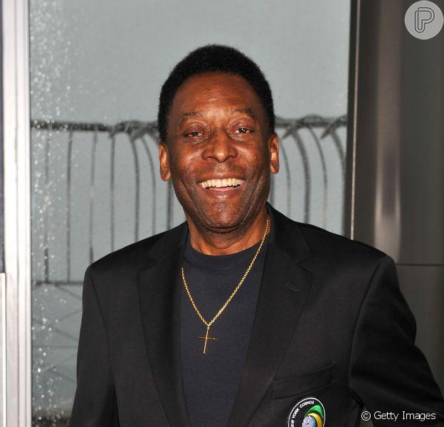 Pelé foi internado, nesta quarta-feira, 12 de novembro de 2014, em São Paulo