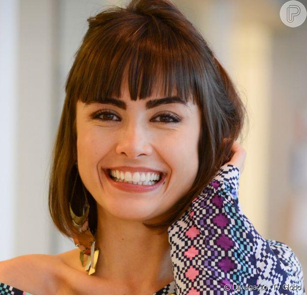 Maria Casadevall assume namoro com percussionista baiana