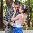 Mulher de Lucas Lucco, Lorena Carvalho elogia cantor como pai: 'E xtremamente parceiro'
