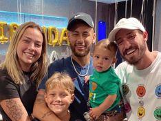 Neymar mostra foto do filho, Davi Lucca, em nova cidade após mudança de país: 'Felicidade'