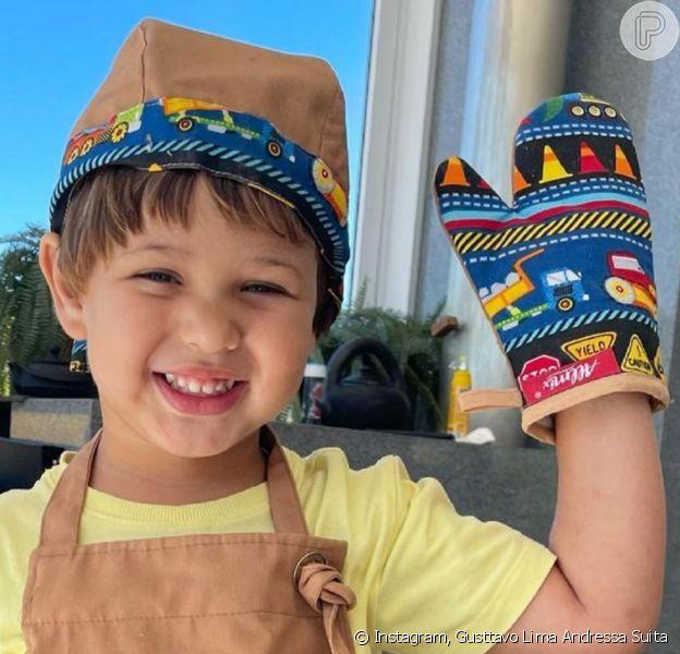 Gusttavo Lima posta foto do filho caçula e Andressa Suita comenta: 'Cara da mamãe'