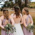 Penteado para casamento com cabelo solto funciona para noivas, madrinhas e convidadas