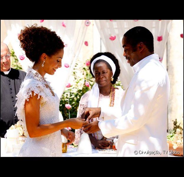 Isabel (Camila Pitanga) e José Maria (Lázaro Ramos) se casam no último capítulo de 'Lado a Lado' que vai ao ar em 8 de março de 2013
