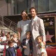 Matthew McConaughey recebe a estrela na Calçada da Fama ao lado da mulher, a brasileira Camila Alves, e dos três filhos, Linvingston, de 10 anos, Levi, de 6, e Vida, de 4