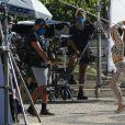 Anitta rebola ao gravar comercial no Aterro do Flamengo, no Rio de Janeiro, na manhã deste sábado, 05 de junho de 2021