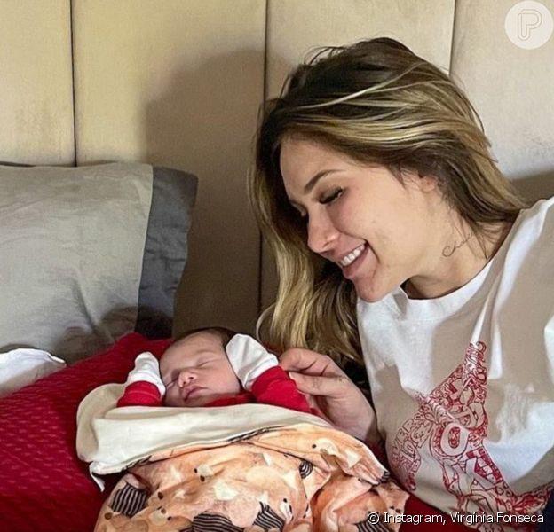 Virgínia Fonseca 'apresenta' filha, Maria Alice, à sua cachorrinha, Zoe: 'Disputando atenção'
