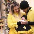 Zé Felipe e Virgínia Fonseca exibem presente de amigos à filha de um mês, Maria Alice