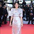 Soko e seu vestido de paetês no Festival de Cannes