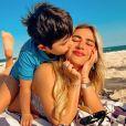 Jéssica Costa e  Sandro Pedroso estão hospedados em mesmo hotel do Rio com o   filho, Noah, de 5 anos
