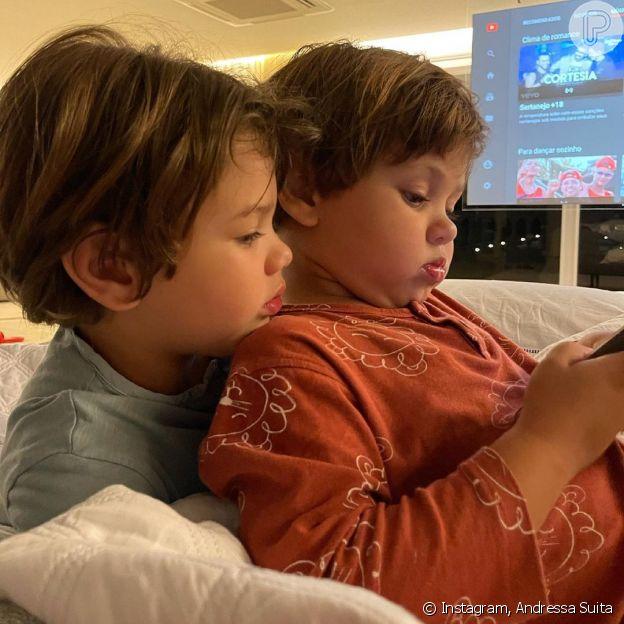 Gabriel e Samuel, filhos de Gusttavo Lima e Andressa Suita são muito unidos
