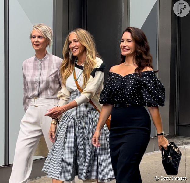 """Miranda, Carrie e Charlotte estão de volta no retorno de """"Sex and the City"""""""
