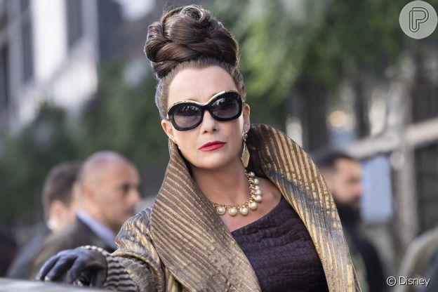 A personagem Baronesa, em 'Cruella', tem figurino mais clássico