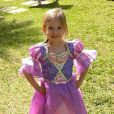 Thais Fersoza mostra filha vestida de Rapunzel em foto
