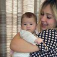 Virgínia Fonseca se divertiu ao reparar que a filha, Maria Alice, se incomodava com beijo