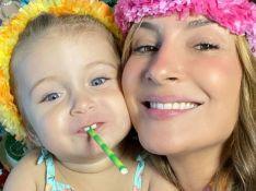 Claudia Leitte veste filha de Moana e reação da menina pós-festa de 2 anos chama atenção