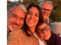 Mulher de William Bonner posa ao lado de Renata Vasconcellos e equipe: 'Sou fã'