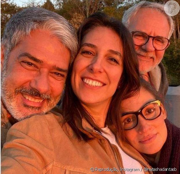 Natasha Dantas exaltou equipe do 'Jornal Nacional' ao postar foto de selfie com William Bonner e amigos de trabalho do jornalista