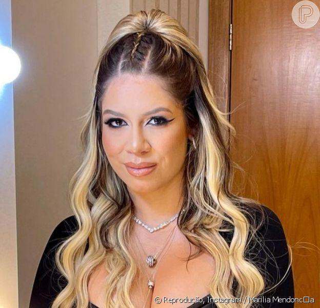 Marília Mendonça roubou a cena com look sexy e ganhou elogios na web