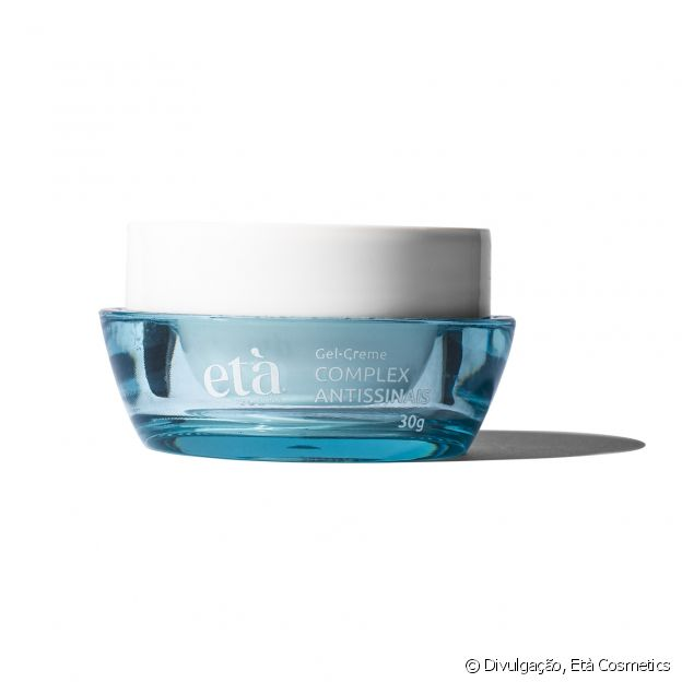 Desenvolvido pela Età Cosmetics, o Gel-Creme Complex Antissinais combate ação dos radicais livres e do estresse na pele