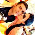 Marlos Cruz e a miss Universo 2010, Débora Lyra, se conheceram no programa 'A Fazenda' e engataram um romance. O casal não chegou à final do reality, mas seguiu o namoro fora da casa. Eles estão procurando apartamento para morar juntos em São Paulo