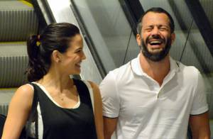 Malvino Salvador se diverte com a namorada, Kyra Gracie, após jantar no Rio
