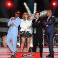 Daniel posa com Carinhos Brown, Claudia Leitte e Lulu Santos, os técnicos da primeira temporada do 'The Voice Brasil'
