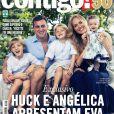 Angélica e Luciano Huck posam com Joaquim, Benício e Eva para a revista 'Contigo!', capa de 20 de março de 2013