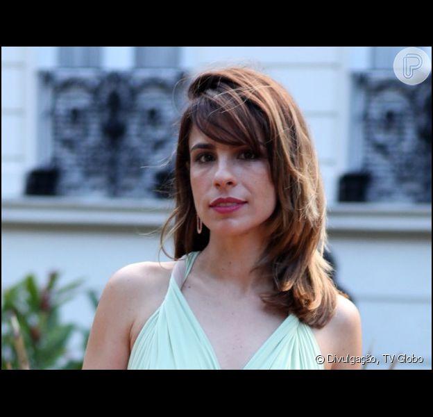 Maria Ribeiro contou em entrevista ao jornal 'Extra' que é muito amiga de seu ex-marido, Paulo Betti: 'Ele é inteligente, um gato. Um cara simples, com valores que acredito muito. Eu recomendo muito ele'