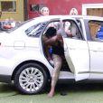 Pouco antes de Mariza se tornar Líder do 'BBB15', Angélica desistiu da prova e eliminou os seus companheiros do carro branco