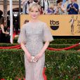 Gretchen Mol veste Dennis Basso no Screen Actors Guild Awards 2015