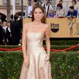 Maria Menounos veste Romono Keveza no Screen Actors Guild Awards 2015