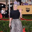 Kelly Osbourne veste Elizabetta Franchi no Screen Actors Guild Awards 2015