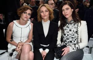 Kristen Stewart prestigia desfile de alta-costura da Chanel na França
