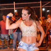 Carnaval 2015: Carla Prata machuca o pé durante ensaio de rua da União da Ilha
