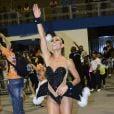 Sabrina Sato mostrou samba no pé e exibiu boa forma no ensaio técnico da Gaviões da Fiel realizado neste sábado (31)