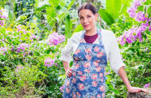 Carolina Ferraz conta que cortou café e chá durante gestação:'Dieta bem liberal'