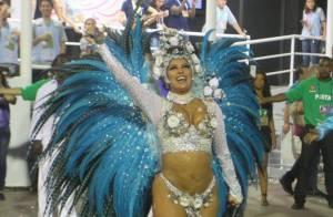 Rainha de bateria da Portela, Patrícia Nery recicla penas de faisão em fantasia
