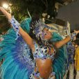 Fantasia de Raíssa Oliveira, tem 30 mil cristais e penas de rabo de galo