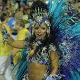 Raíssa Oliveira desmentiu os boatos de que deixaria o posto de rainha de bateria da escola de samba: 'Não vou sair da Beija-Flor. Mesmo se for meu último ano, vai ser como rainha. Fico no posto até quando Deus quiser'