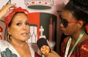 Susana Vieira diz que não liga para moda e usa lenço de mercado popular