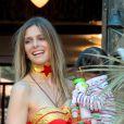 A atriz, modelo e apresentadora Fernanda Lima se fantasiou de Mulher-Maravilha, no domingo, 21 de abril de 2013. A loira comemorou o aniversário de 5  anos dos gêmeos João e Francisco, em uma casa de festas no Rio