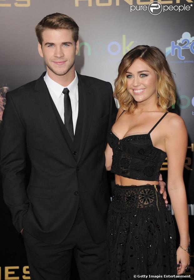 Miley Cyrus teria terminado seu noivado com Liam Hemsworth para focar na carreira, já que ela disse que 'tudo o que importa agora é a música', em entrevista nesta terça-feira, 23 de abril de 2013