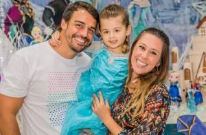 Grávida, Dani Monteiro comemora os 4 anos da primeira filha com festa temática