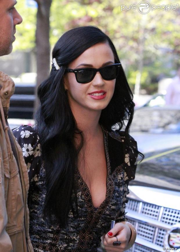 Katy Perry atualmente está trabalhando no seu próximo álbum